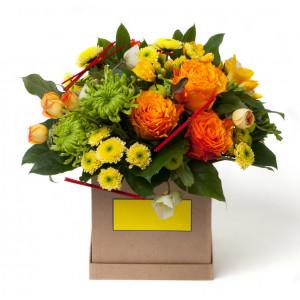 Box z mieszanymi kwiatami