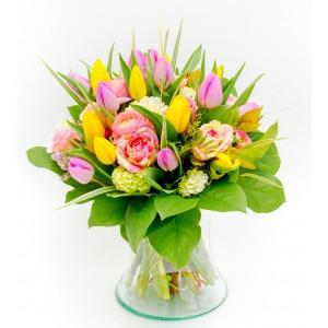 Kolorowe kwiaty w wazonie...